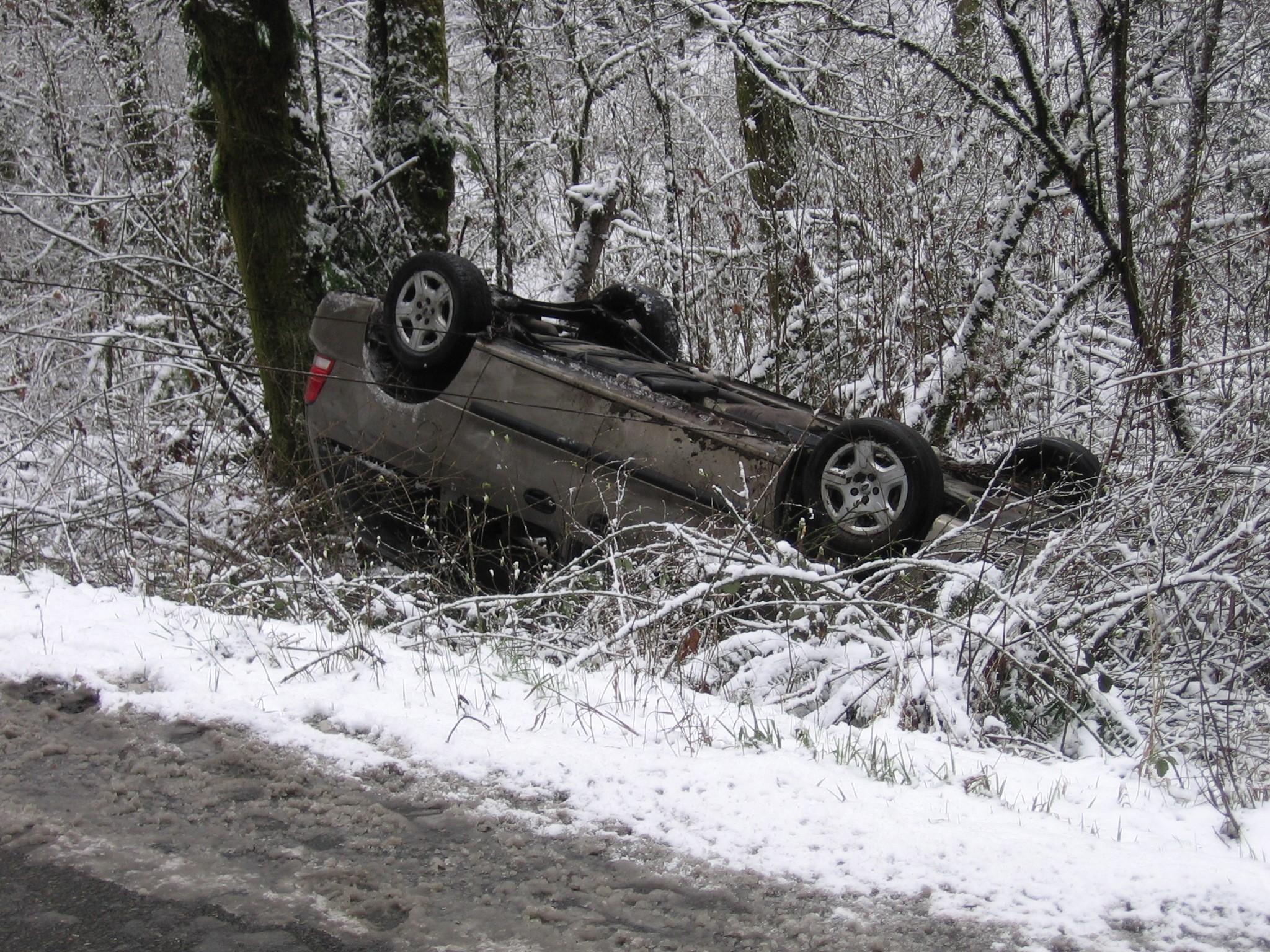 Record Cold Turns Roads Treacherous The Mountain News Wa