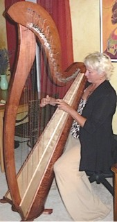 Cate with harp, 10. 11. 13