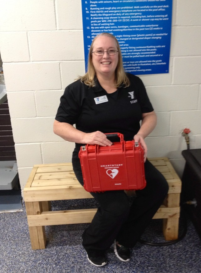 CPFR, Beverly Eredia with AED at YMCA pool