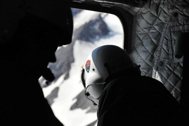Mt Rainier, NPS photo of rescue ranger, 6. 12. 15