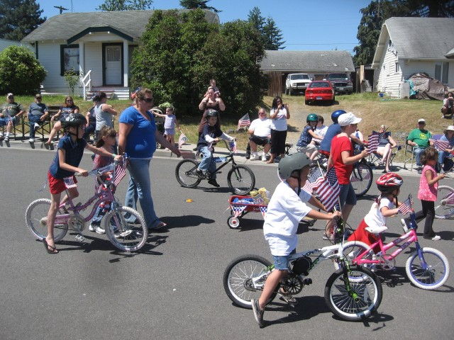 4th parade, kids on bikes, Best