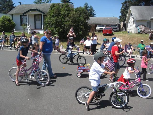 4th parade, kids on bikes, Best