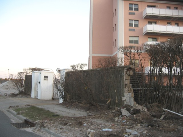 s-retreat-lbt-gate-and-seawall-ruins-1-13-better