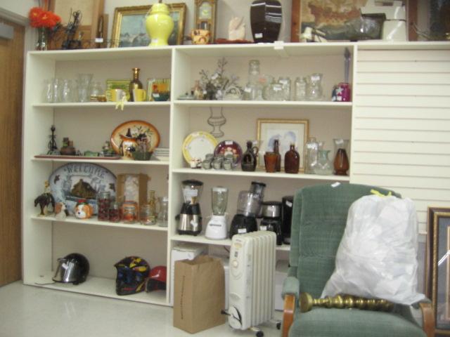 Thrift Store, Eatonville, 5. 26. 18 (13)
